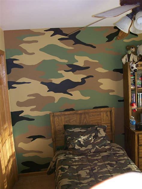 camo bedroom walls 25 best ideas about camouflage room on pinterest