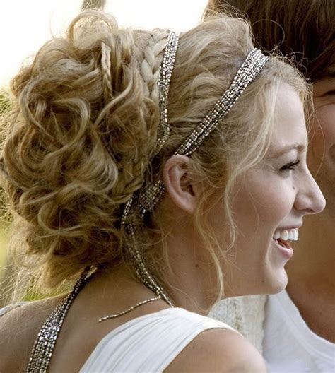 a wanded updo get the look serena s white party updo serena van der