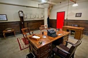 escape rooms escape room come fare i detective chiusi in una stanza