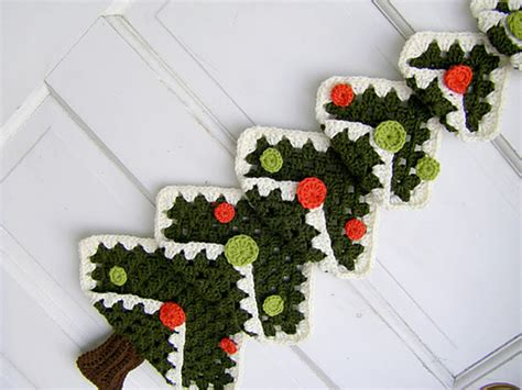 granny christmas tree pattern crochet patterns galore vintage granny square christmas tree