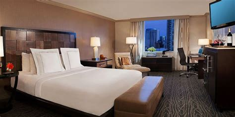 book last minute hotel rooms hotels