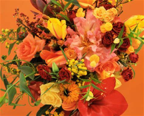 mazzo di fiori per una ragazza quanto costa un mazzo di fiori per una ragazza