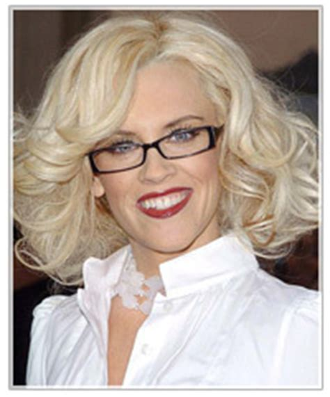 hairstyles to match glasses matching your hairstyle to your glasses thehairstyler com