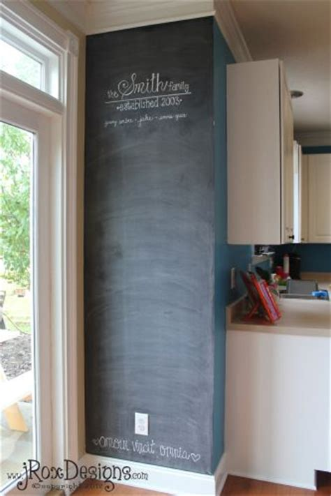 chalkboard paint ideas kitchen 25 best ideas about kitchen chalkboard walls on pinterest