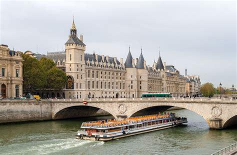 la seine boat trip paris france paris day tours paris tours sightseeing excursions