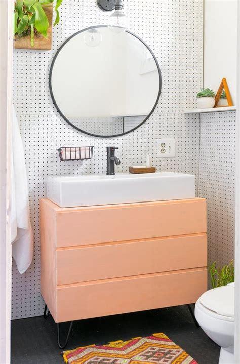 bathroom storage ideas for renters best 25 rental bathroom ideas on rental decorating small rental bathroom and