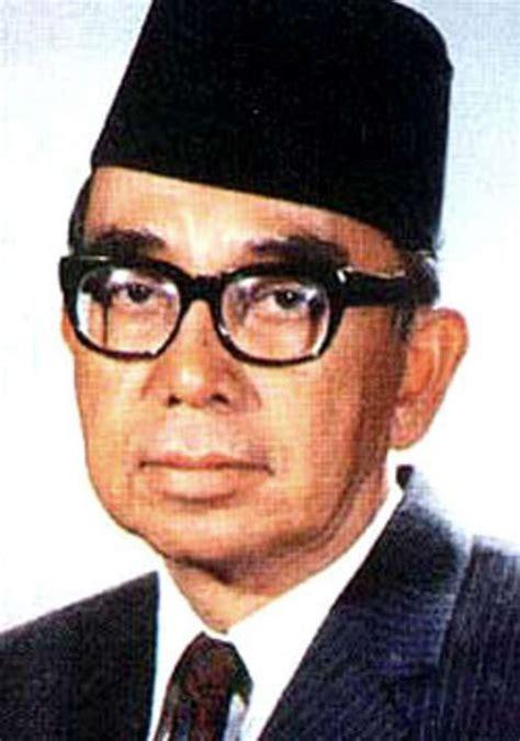 essay biography of tunku abdul rahman biodata tunku abdul rahman