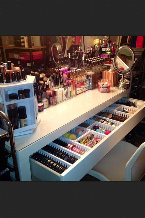 Makeup And Hair Vanity by 1000 Images About Vanity Lighted Mirrors And Dressing