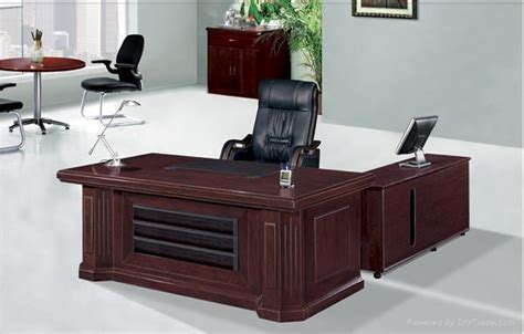 Office Table Design by Office Table Design For The Fantastic Office Room Seeur