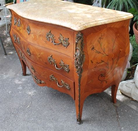 Commode Style Louis Xv by Commode De Style Louis Xv En Marqueterie Puces D Oc