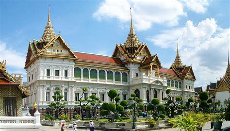 thai palace grand palace of thailand historical facts and pictures