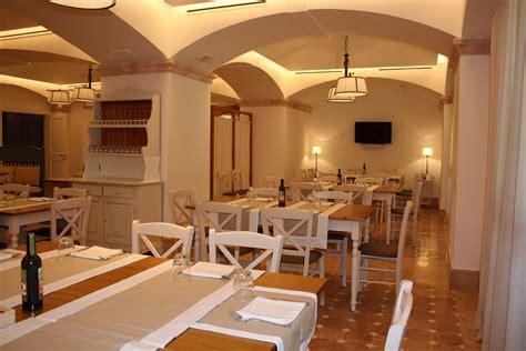 tavoli e sedie ristorante sedie e tavoli pub ristoranti pizzerie maieron snc www