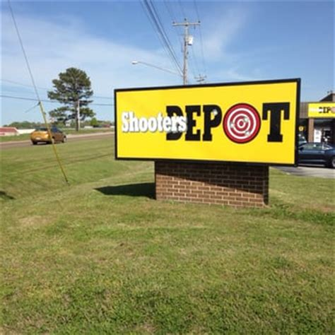 sporting goods chattanooga tn the shooters depot sporting goods 5958 shallowford rd