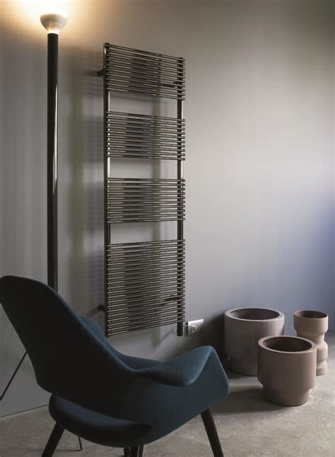 Radiatori Per Bagno by Radiatore Per Bagni Disponibile In Vari Colori Idfdesign