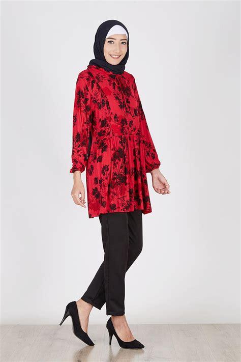 Sling Bag Bunga Hitam sell kanza merah bunga hitam tops hijabenka