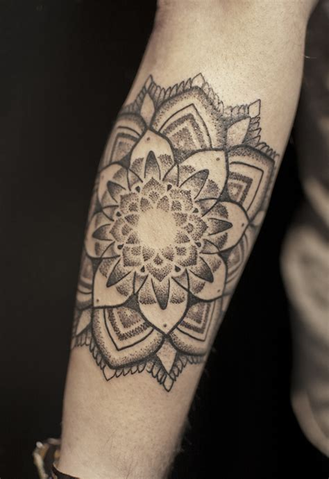 tattoo mandala feminina significado lotus blackwork tattoos awesome ink pinterest