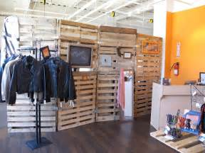 Pallet Room Divider Who Else Wants To About Pallet Room Divider Pallet Furniture Plans
