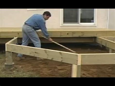 Comment construire un patio en bois traité   Conseils de