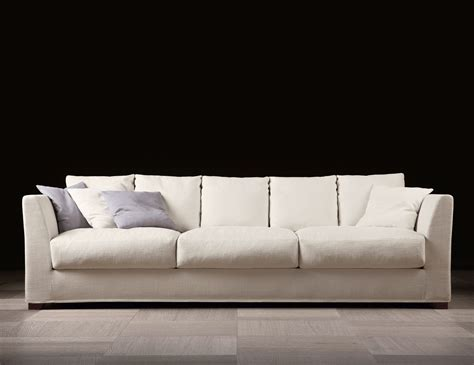 luxury sofas and chairs nella vetrina berenson luxury italian sofa upholstered in