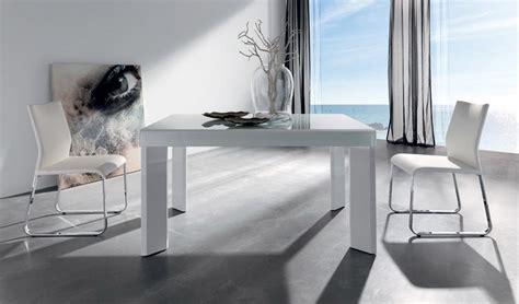medidas de mesas de comedor #2: mesa-de-comedor-extensible-con-cristal-optico-y-acabado-madera-ref-q49000.jpg