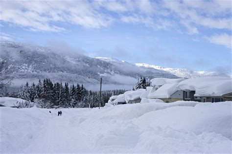 terrace bc weather heavy snow blankets houses as residents of kitimat b c