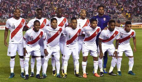 futbolistas peruanos que portaron la per 250 vs ecuador el once titular que buscar 225 hacer
