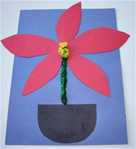 poinsettia pattern for kindergarten poinsettia craft preschool arts and crafts ideas