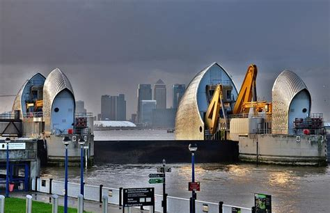 thames barrier in operation mayor asks for review of thames barrier londonist