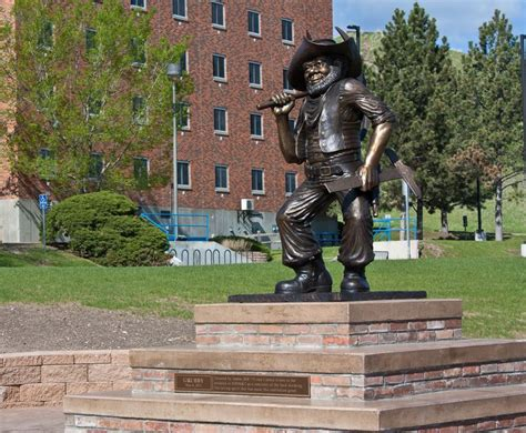Mba Colorado School Of Mines by South Dakota School Of Mines Act Scores Costs More