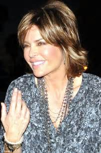 fixing rinna hair style lisa rinna manages to smile again after her painful lip