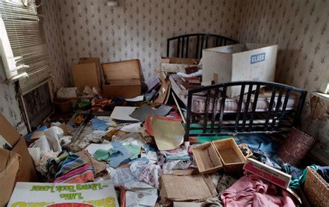 hoarder room hoarding tendencies complicate downsizing process