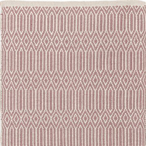 woran erkennt handgeknüpfte teppiche pet wik teppich in rosa ecru 200 x 300 cm