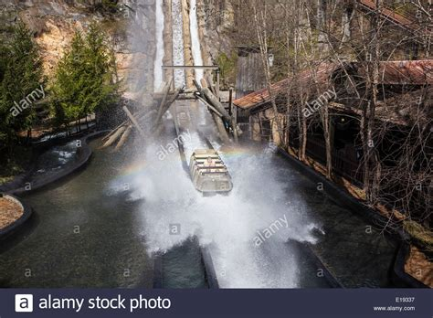 dolly boat ride daredevil falls water ride is pictured in dollywood theme