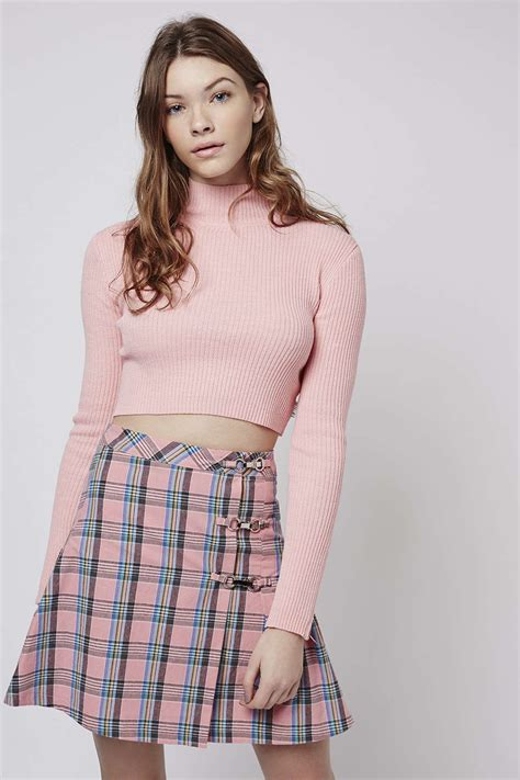 Turtle Neck Crop Top Pink lyst topshop turtle neck crop top by unif in pink