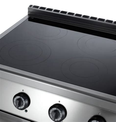 cucine a induzione professionali cucina a induzione professionale su vano armadiato 4