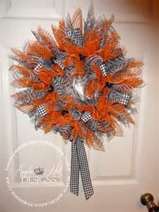 how to make a mesh wreath with two colors deco mesh wreaths diy wreath