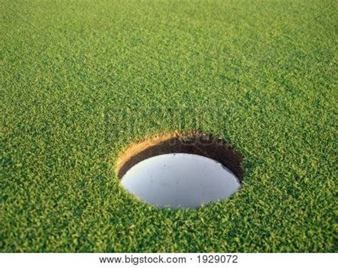 how to make a golf green in your backyard golf hole on green image photo bigstock