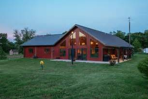 steel barns with living quarters