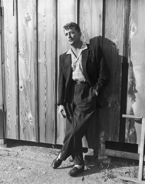 oh snap frank worth s classic hollywood photographs at art 233 best images about robert mitchyum i mean mitchum on