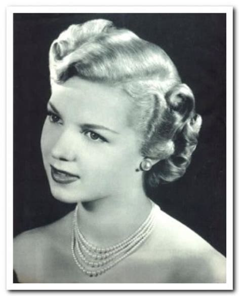 shorter hair forties short 1940s hair short vintage hair ideas pinterest