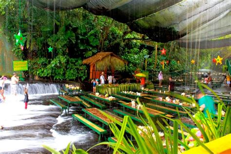 villa escudero waterfalls restaurant waterfall restaurant villa escudero philippines