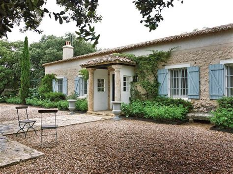casa con portico vivienda rural muy chic nuevo estilo