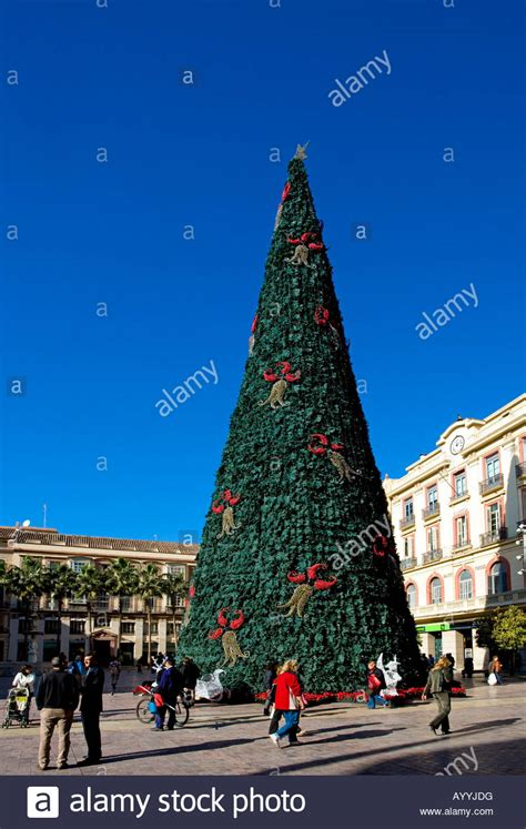 christmas tree calle marqu 233 s de larios malaga city spain