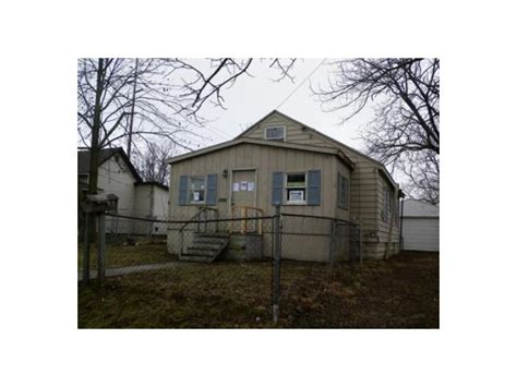 houses for sale muncie indiana 1009 w 11th st muncie indiana 47302 detailed property info wta realestate free