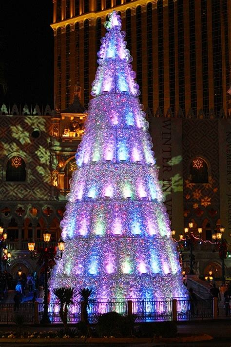venetian las vegas christmas winter in venice at the venetian will kick your humbug squarely in the happies vital vegas