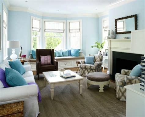 farbgestaltung wohnzimmer farbbeispiele f 252 rs wohnzimmer kr 228 ftige farbgestaltung zu