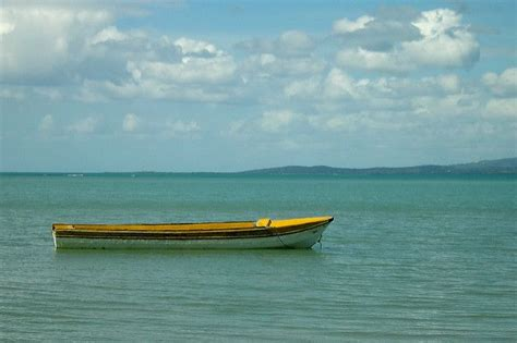jamaica fishing boat fishing boat offshore at parottee jamaica by bithead
