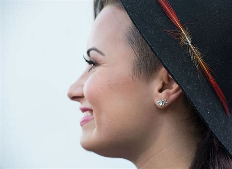 my fm demi lovato at 104 3 my fm presents my big out
