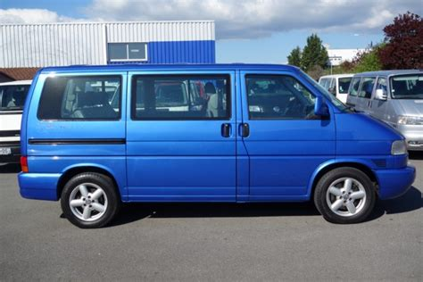 VW T4 Multivan Atlantis 2.5TDI 151CH Bleu Au Top Auto, vente de vans d'occasion à Clermont ferrand