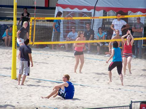 backyard volleyball triyae com best volleyball net 28 images triyae com